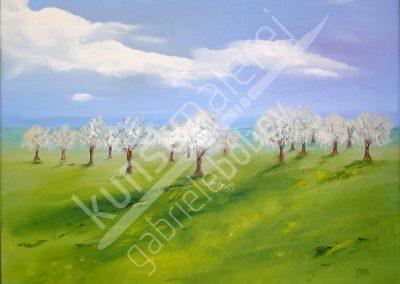 Ölmalerei mit blühenden Kirschbäumen in weiter Landschaft