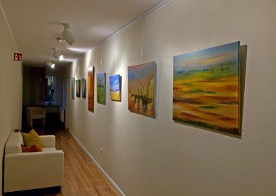 Abstrakte Landschaftsbilder in der Galerie