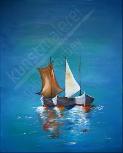 Maritime Boote ruhen auf dem Meer
